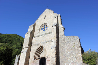 L'Abbaye: Abbaye de Saint Jean d'Aulps, à 5 minutes en voiture de l'Ecuela