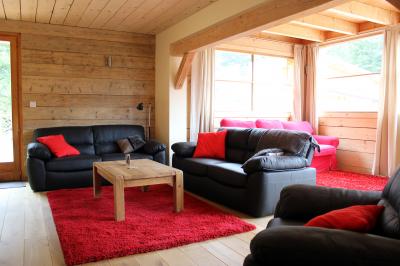 Lounge: main lounge